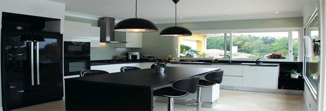 est votre sp cialiste si vous souhaitez r am nager vos espaces interieurs ou. Black Bedroom Furniture Sets. Home Design Ideas